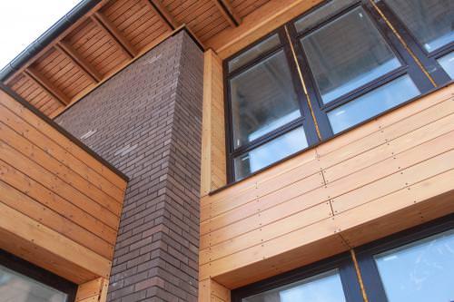 Вентилируемые фасады для коттеджей — особенности конструкции
