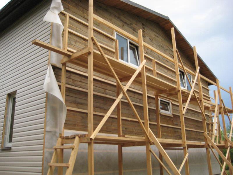 Как сделать фасад дома сайдингом своими руками