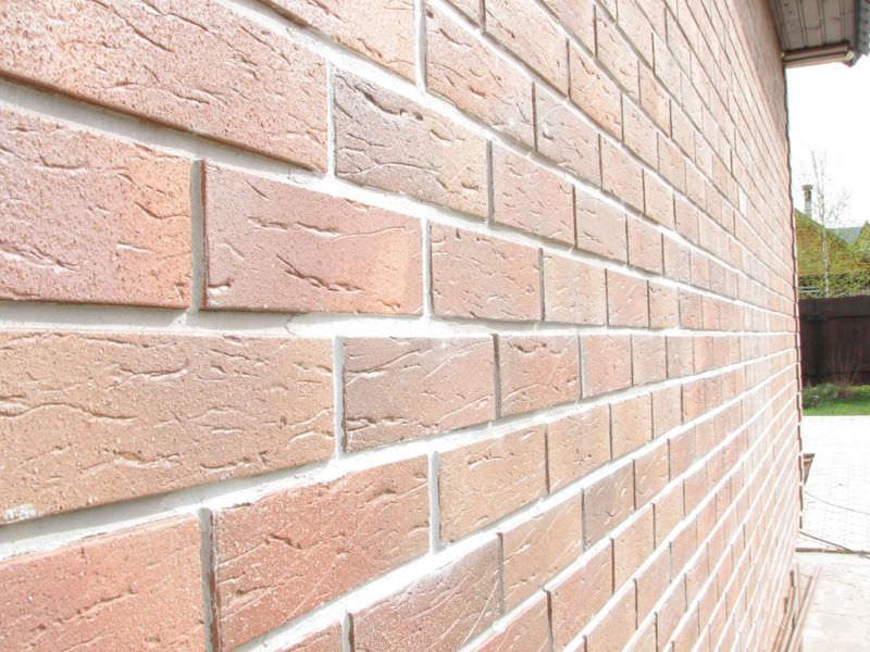 Разбираем варианты отделки фасада дома, с представленными примерами работ