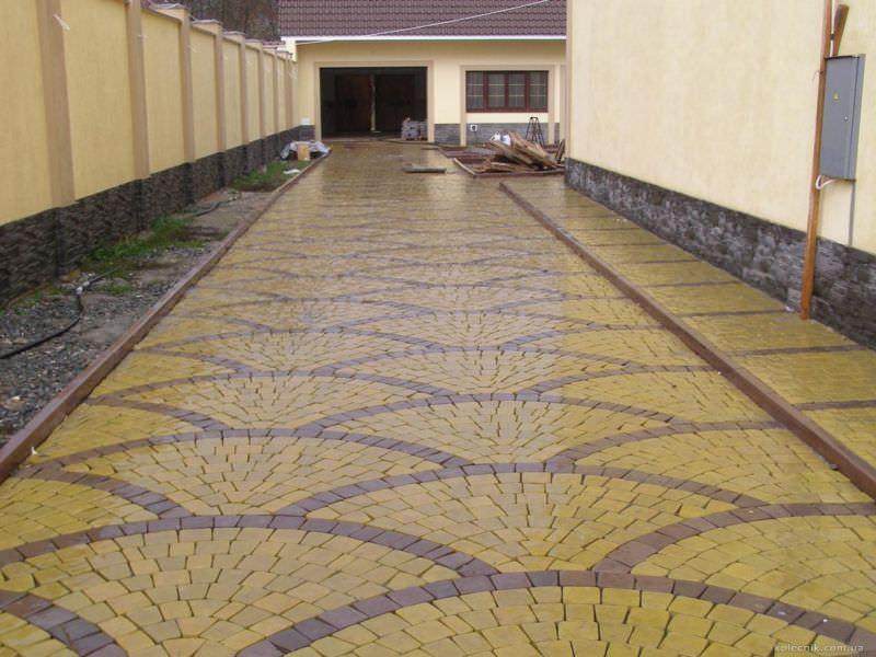 Изготовление и укладка тротуарной плитки для дома